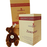 Collectible 1999 Steiff Club Bear