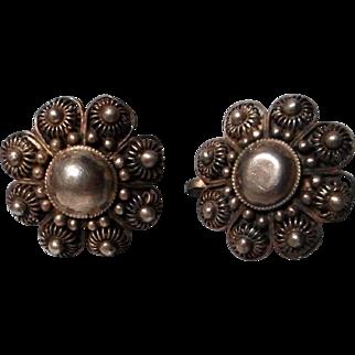 Vintage Sterling Screw Back Filigree Earrings