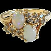 Fine Vintage 14K Gold Ring w/ Opals & Diamonds