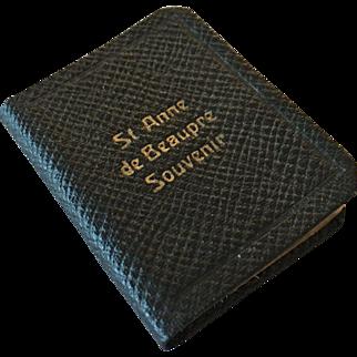 Miniature prayer book for French Fashion - St. Anne de Beaupre Souvenir