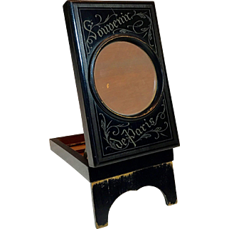 "French graphoscope magnifier ""Souvenir de Paris"""