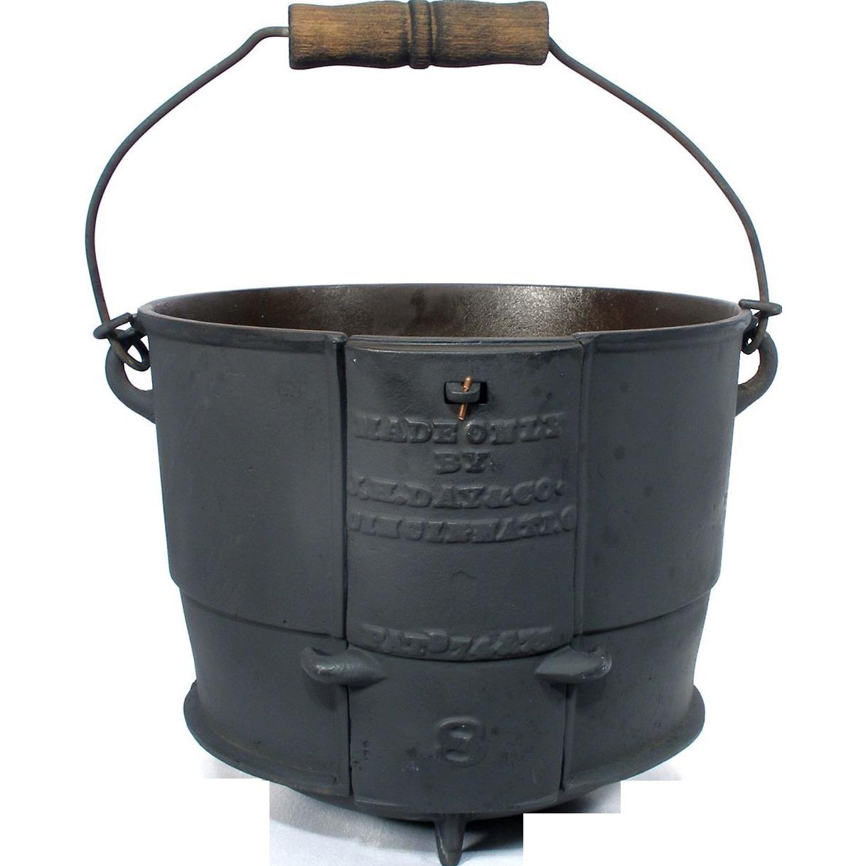 Antique J H Day Cast Iron 2 Gal Kettle Bail Handle Bean Camp Fire Safety Safe Pot