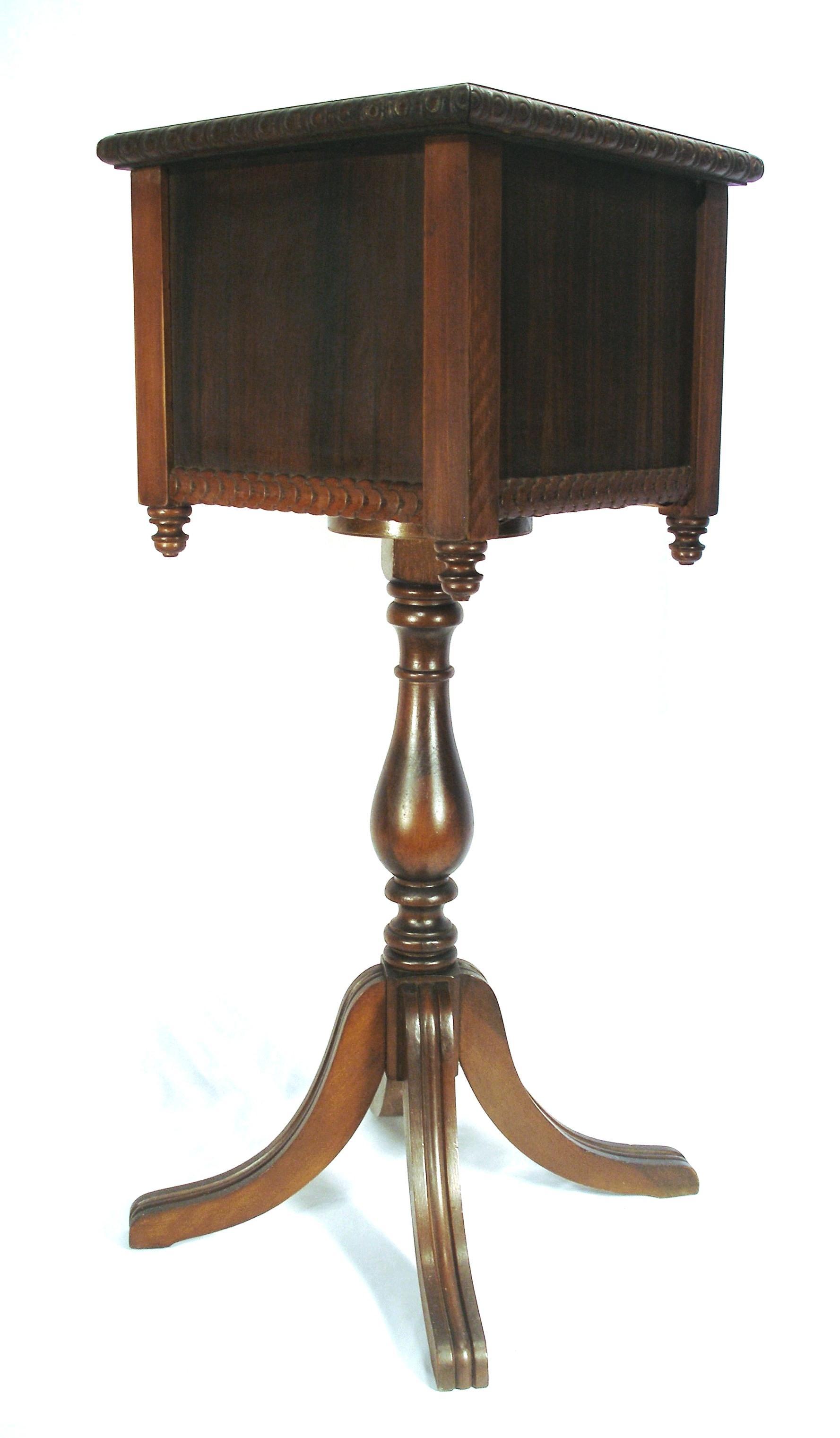 Antique Arts Crafts Solid Walnut Amp Mahogany Wood Humidor