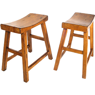 Mid Century Modern Shaker Mission Style Milking Stools Seat Bench Chairs Oak Wood Grain Set of 2