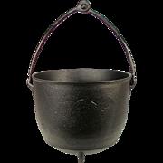 Antique 3 Gal Cast Iron Kettle Folding Handle Cowboy Camp Fire Round Bottom Bean Pot