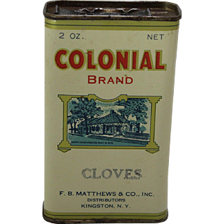 """Vintage """"Colonial"""" Cloves Spice Container"""
