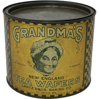 "Vintage ""Grandma's Tea Wafers"" Litho Tin"