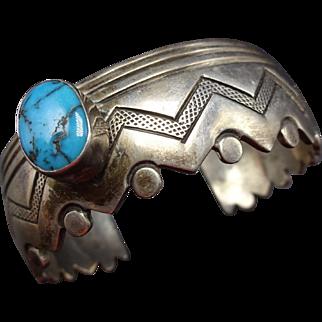 Signed Vintage ZUNI Sterling Silver & Turquoise Cuff Bracelet Zig Zag Edge 48.3g