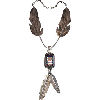 Stunning Vintage NAVAJO NECKLACE Museum Quality, Giant Feathers, Inlaid Pendant
