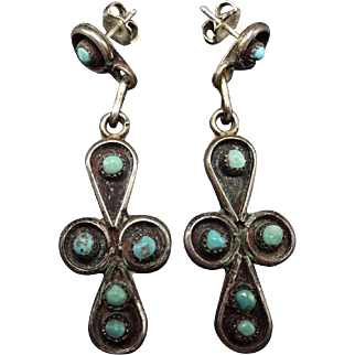 Signed Vintage ZUNI Sterling Silver & TURQUOISE Petit Point EARRINGS Snake Eyes