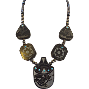 Hand Carved NATIVE AMERICAN Black Buffalo Horn Scrimshaw NECKLACE Navajo Pearls