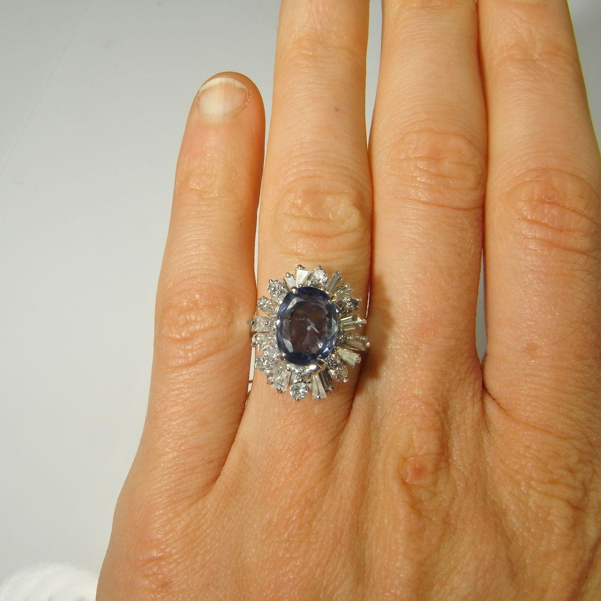 Blue Ceylon Sapphire Diamond Ring 18K Gold Diamond Ring