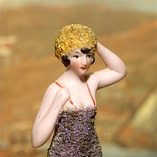 "A MATRIX SUMMER SOUVENIR !!  Very Fine  3.5"" Pebbled Bathing Beauty by Hertwig"