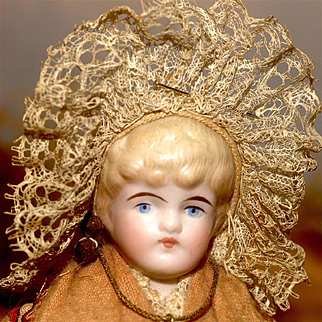 "11"" All Original Kling Provincial Doll"