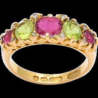 Antique Victorian Chrysolite and Garnet Gold Half-Hoop Ring, circa 1840