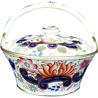 A Spode Type Pot Pourri Basket and Cover
