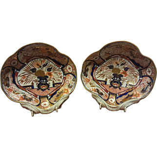 A Pair of Early Coalport Imari Patterned Shell Dishes