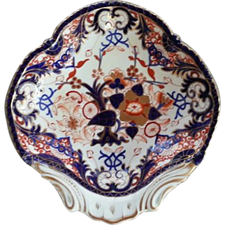 A Bloor Derby King's Pattern Shell Dish