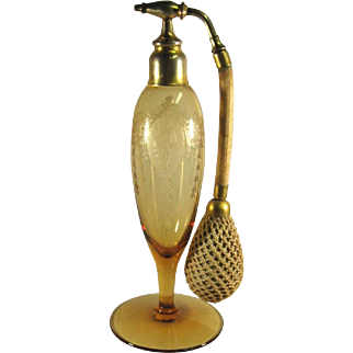 Tiffin Classic Etch Atomizer, Rare Color C.1915-1920.