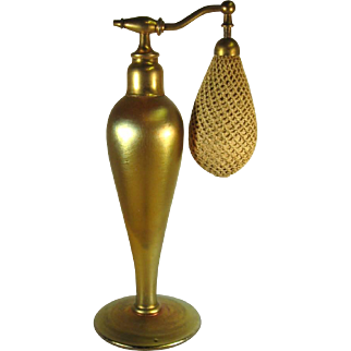 Durand Art Glass Gold Atomizer Perfume Bottle.