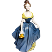 "Royal Doulton Lady Figurine ""MELANIE"" HN 2271"