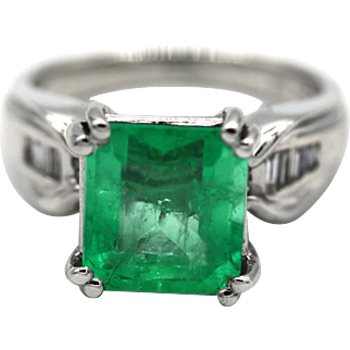 Natural 3.38CT Colombian Emerald and Diamond 18KT White Gold Ring