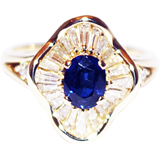 Most Gorgeous Natural Blue Sapphire Diamond Ring 18KT Yellow Gold