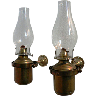 Pair Of 19th Century Ships Gimballed Lamps by Fratelli Santini, Ferarri Italy