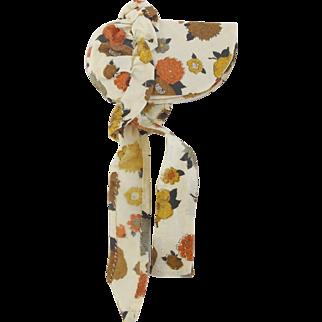 Vintage Primitive Folk Art Floral Fabric Bonnet Form Pin Holder Needle Case