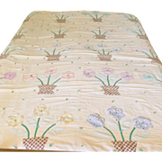 Charming Vintage 1930's-40's Folk Art Flower Pot Comforter Quilt