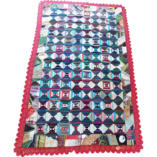 Vintage Log Cabin Courthouse Steps Lap Quilt With Crazy Quilt & Lace Borders