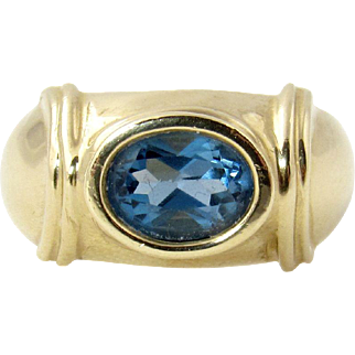 Vintage 14k Gold Blue Topaz Ring