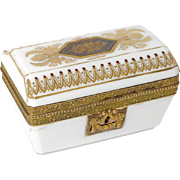 Antique french white opaline and golden bronze casket, era Restauration 19th century