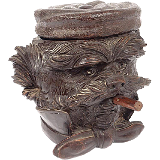 Antique Black Forest hand carved Tobacco Box Humidor, head of a dog, 19th