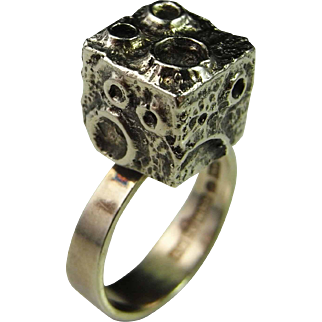 Modernist Sterling Silver Ring Moon Crater Cube 1970 Designer Signed Viikki Martti Niemi 925 Sterling Silver Hand Crafted Ring Mid Century Retro Unique Iconic Mid Century Space Age Sputnik Sculptural Dainty Jewelry Fine