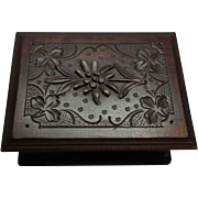 Antique Black Forest Carved Wood Trinket Box ca.1900