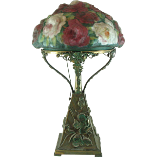 Antique Pairpoint Puffy Lamp Rose Bouquet  With Repousse Base