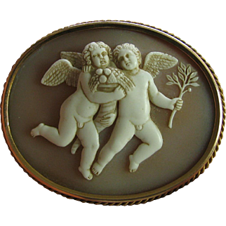 Antique Carved Cameo Pin Rare Two Figure Winged  14 Karat Gold 14k