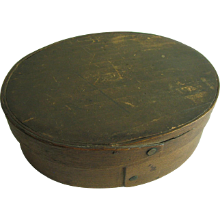Antique Oval Pantry Box 5 3/8 Natural Finish one finger wooden lidded