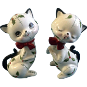 Adorable Anthropomorphic Christmas Holly Berry Cat Salt & Pepper Shakers Made Mid-Century Japan