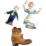 Miniature Bone China Nursery Rhyme Set Old Woman Who Lived in a Shoe Made In Japan Vintage E-2123