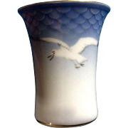Vintage Copenhagen Porcelain B&G Seagull 207 Denmark 207 Beaker Vase