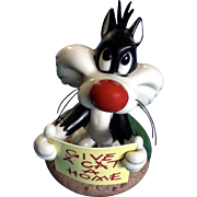 Retired Goebel Looney Tunes Spotlight Collection Sylvester Oh, Give Me A Home, #465129 Hard to Find Figurine