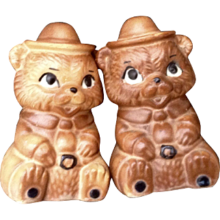 Vintage Twin Winton Smokey Bear Scout Ranger Brown Salt & Pepper Shakers Mid-Century Pottery Figurines