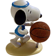 Rare Discontinued Basketball Ultimate Snoopy Hand Painted Danbury Mint Miniature Figurine