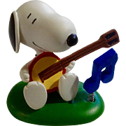 Rare Discontinued Musical Banjo Playing Ultimate Snoopy Hand Painted Danbury Mint Miniature Figurine