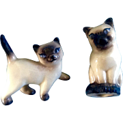 Hagen Renaker Miniature Siamese Walking Cat, Cat Seated Head Turned 1950-1953 Figurines