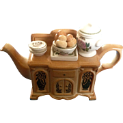 Portmeirion Teapots Botanic Garden One Cup Sideboard Plates, Bowls, Soup Tureen, Cinnamon Rolls, and Fancies