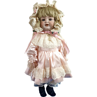 Antique German Bisque K*R collection Doll Kammer & Reinhardt, Simon & Halbig, mold 126
