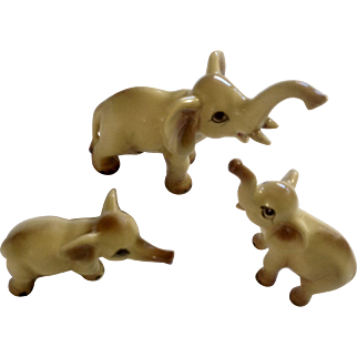 Vintage Miniature Fine Bone China Ceramic Elephant Family Animal Figurines Numbered 80547